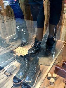 Thick-soled shoes are all the rage in Argentina, and they're making their way to other parts of the world.